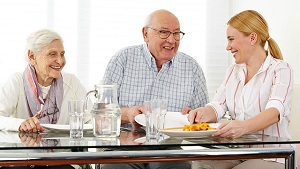 Disadvantages of Eating Stale Food