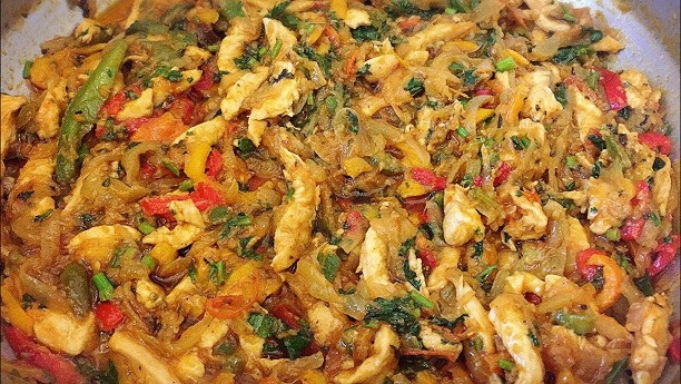 Chicken Shimla Mirch k Sath