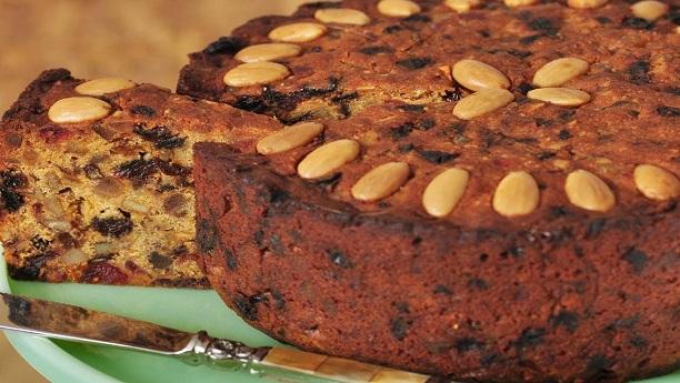 چاکلیٹ ہنی ڈرائی فروٹ کیک