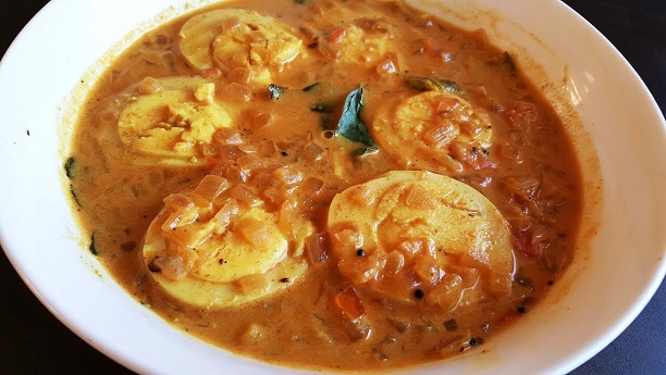 Egg Curry in Coconut Milk (Mootay Molee)