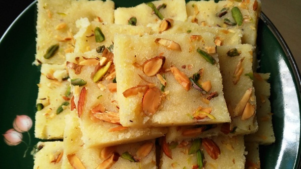 Pineapple coconut crunch barfi