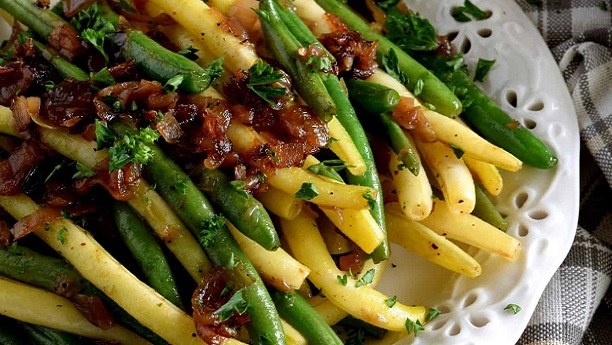 Roast Beef and String Beans with Caramelized Shallots