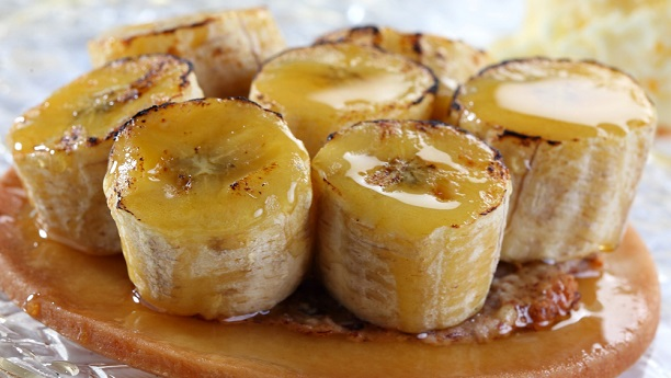 Sauteed Bananas With Caramel Sauce