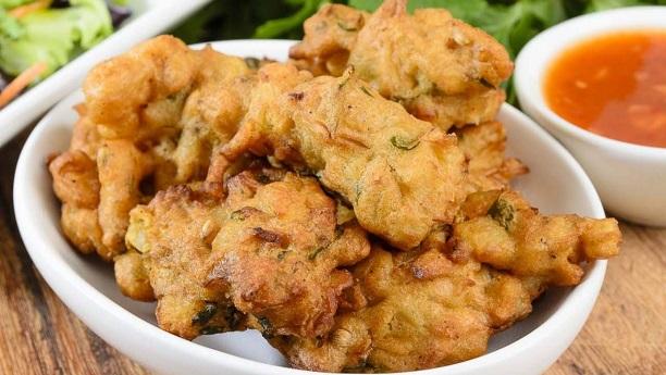Savoury Fritters (Pakoras)