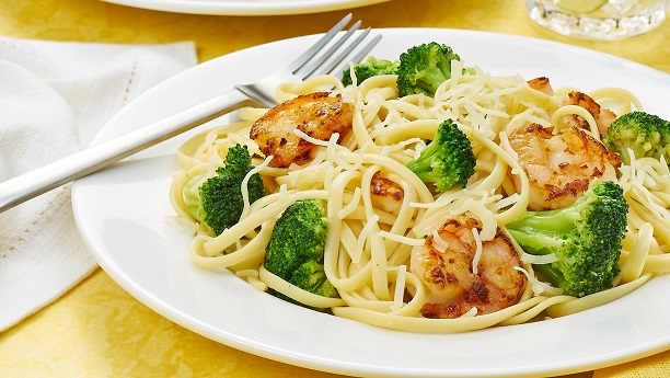 Shrimp & Broccoli Scampi with Linguini