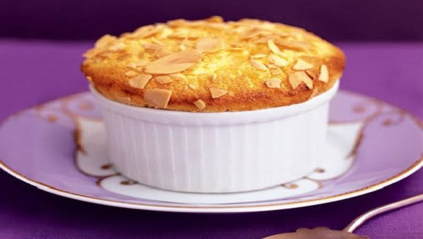 Almonds souffle
