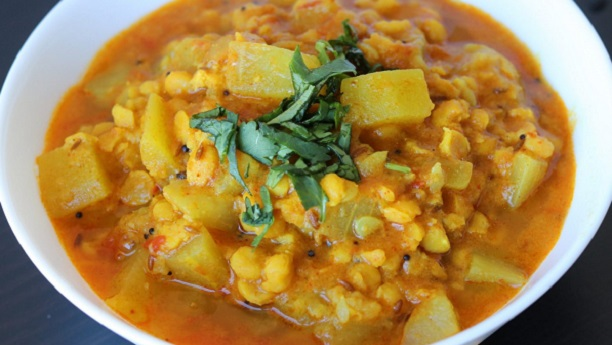 Doodhi-ne Chana-ni Dal-nu Shak (White Gourd and Bengal Gram)