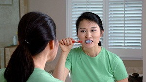Brush Teeth with Lukewarm Water - Dental Experts