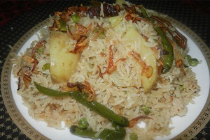 Matar Aloo Pulao - Step By Step Recipe
