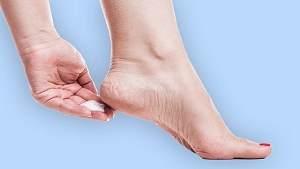 What Causes Cracked Heels? There are 11 Reasons