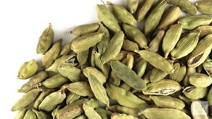 Wondrous Health Benefits of Cardamom Seeds