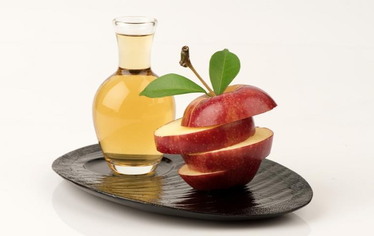 apple vinegar for dry hair