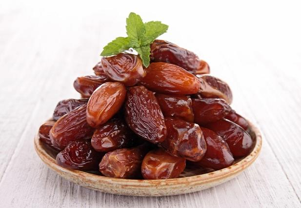 dates in winter