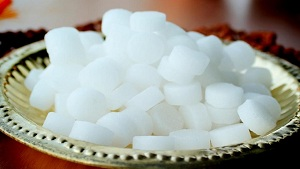 20 Surprising Benefits of Camphor (Kafoor)