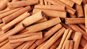 5 Wondrous Health Benefits of Cinnamon in Urdu