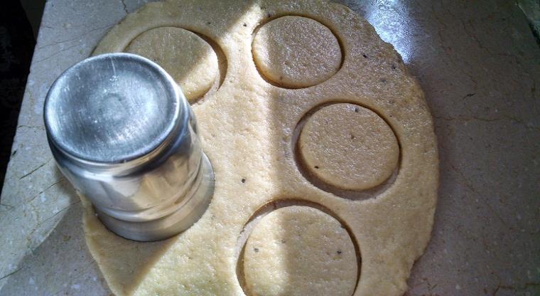how to make sweet tikiya recipe