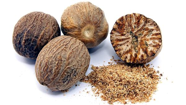 Nutmeg (Jaiphal) Beauty Benefits