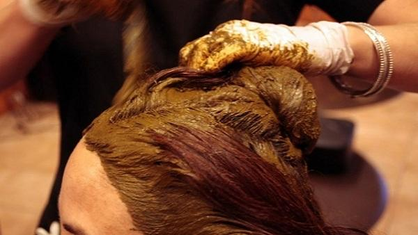 How to Apply Henna (Mehandi) on Hair!