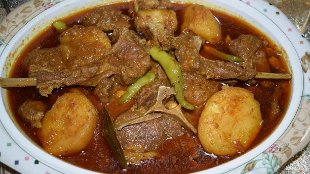 Aaloo Gosht Recipe