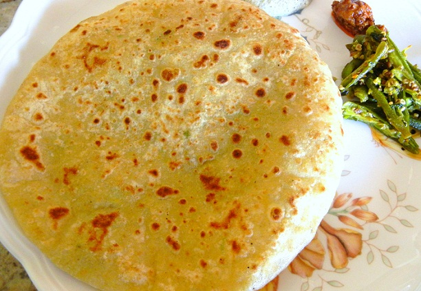Aloo ka Paratha Recipe