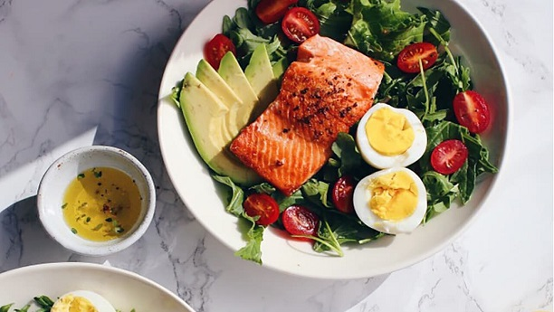 Avocado Salmon Salad