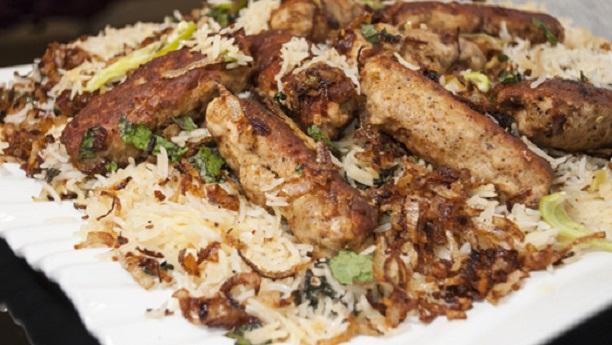 Chawal Kaju Aur Ananas Kay & Lazat Bharay Kabab  Recipe