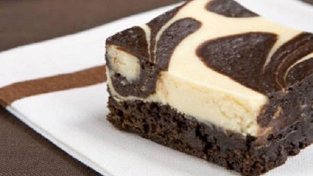 چیز کیک سوئرل براﺅنیز