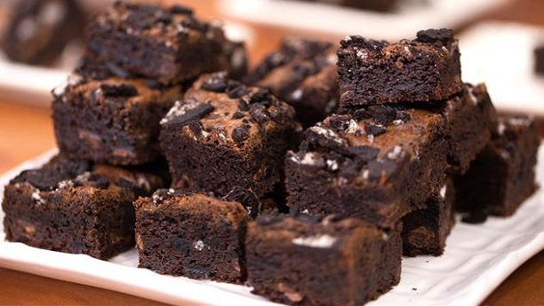 Chewy Chocolate Brownies By Rida Aftab