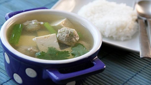 Chicken Balls in Daikon Soup Recipe