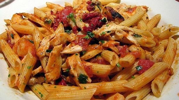 Chicken Pasta in Special Tomato Sauce Recipe