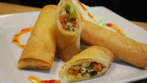 how to prepare chicken spring roll