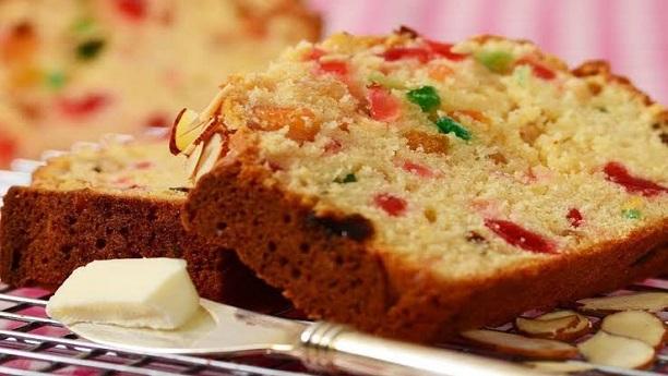 کلر فل کیک سلائس ودھ کاک ٹیل فروٹ