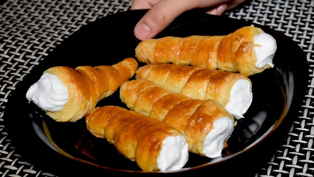 Cream Roll Recipe