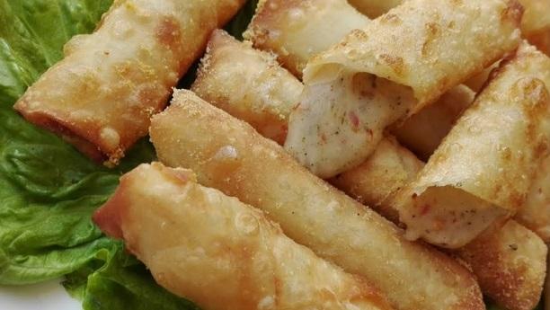Crispy Cheese Rolls