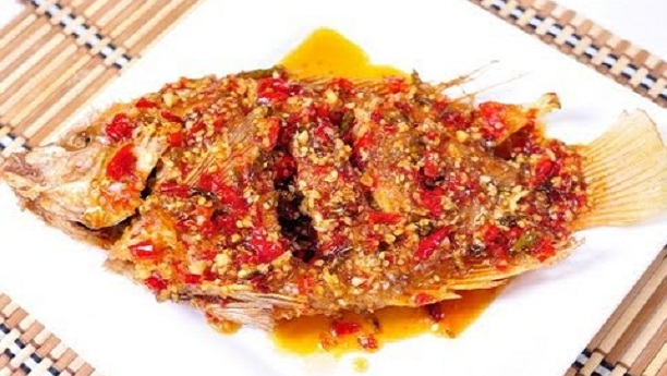 Deep Fried Fish with sweet chili sauce