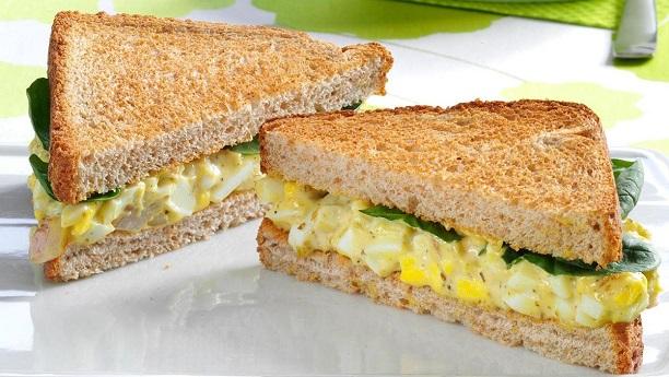 ایگ سینڈوچ<br/>Egg Sandwich