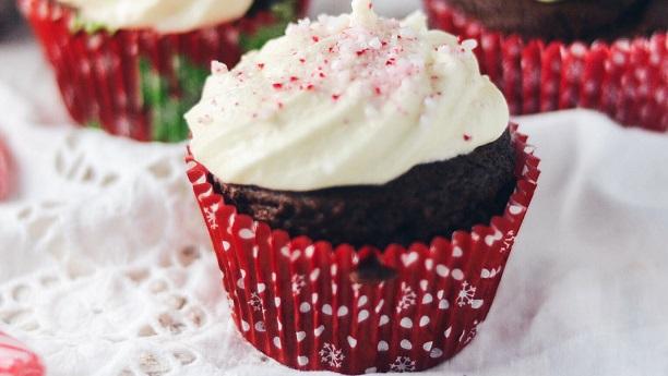 Eggless Christmas Cupcakes Recipe