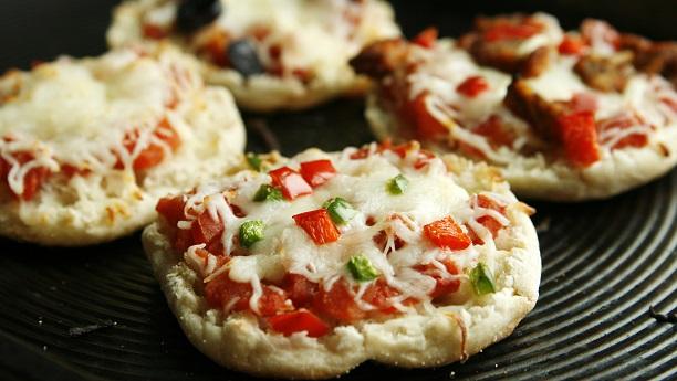 English Muffin Pizza Recipe English Recipes In English
