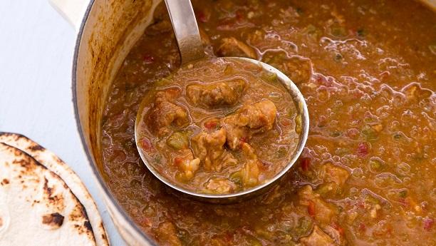 لہسن اور ہری مرچ گوشت<br/>Garlic And Green Chili Meat