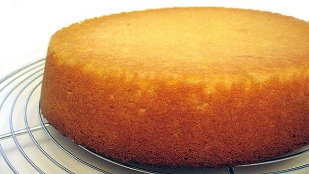 Cake Banane Ki Recipe Dikhao: Easy Sponge Cake Recipe In Urdu (Simple Cake Banane Ka Tarika