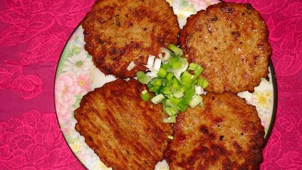 گوشت کے پنیر ی کباب