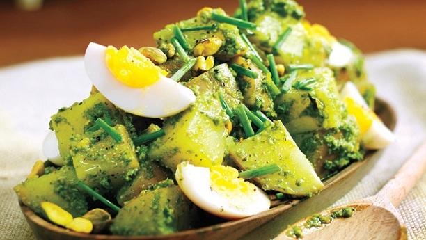 ہرے مصالحے والے انڈے