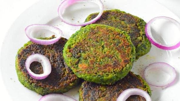 Hari Chatni Ke Aloo Kabab