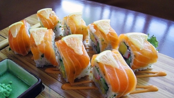 Japanese salmon sushi rolls recipe sea food recipes in english forumfinder Image collections