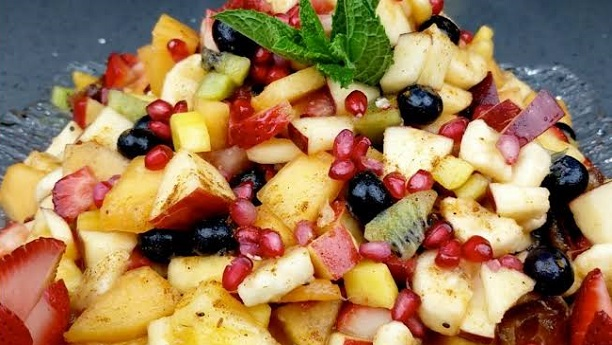 Juicy Fruit Chaat Recipe