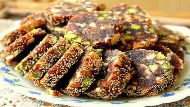 Khajoor Ki Barfi Recipe