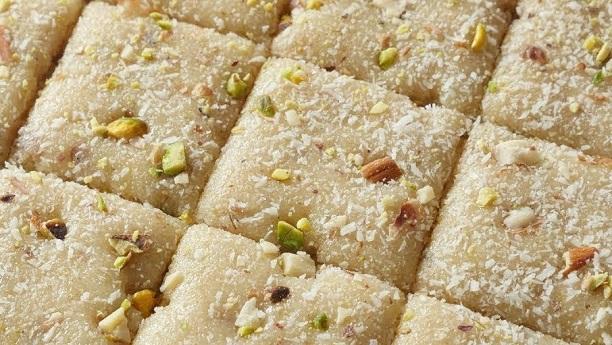 Khopray Ki Methai Recipe