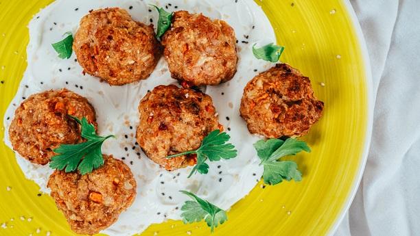Meat Balls in Yoghurt (Dahi Kofta)