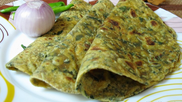 Methi Ka Paratha Recipe
