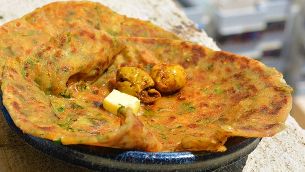 Methi aloo paratha Recipe